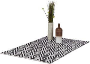 alfombra blanca y negra relaxdays